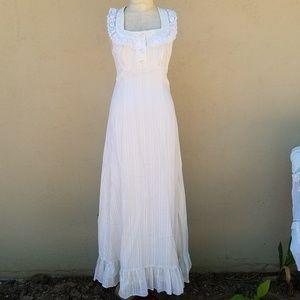 SALE!!!!! Vintage maxi dress